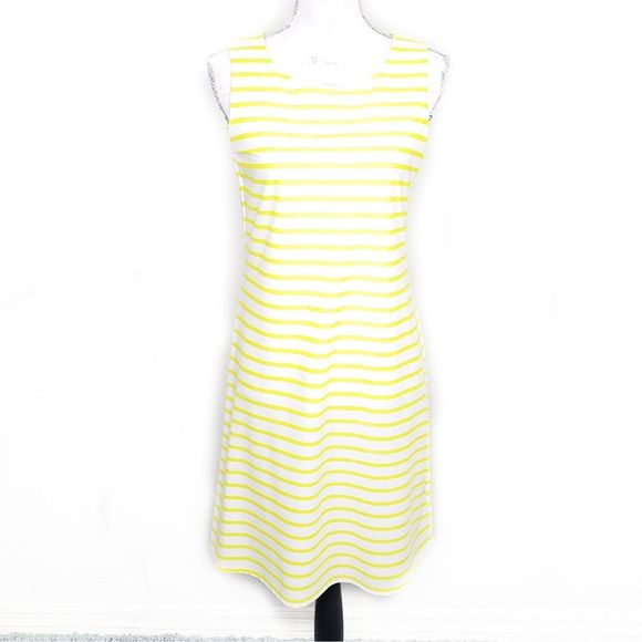Jude Connally Dresses & Skirts - Jude Connelly White Sheath Dress Size M